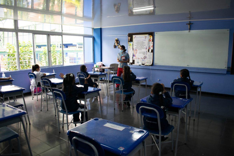 Alcaldía de Popayán, continúa trabajando para el retorno presencial y seguro a clases