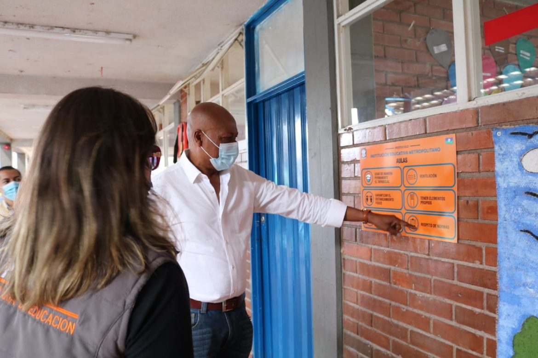 Secretaría de Educación Municipal visitó Instituciones Educativas tras llamado a la presencialidad